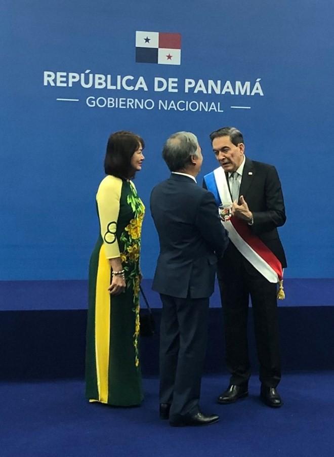 Panamá interesado en aprender de experiencias de desarrollo de Vietnam - ảnh 1