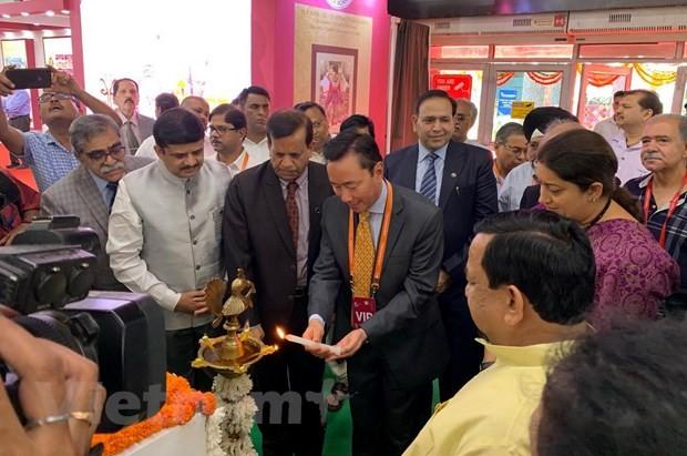 Vietnam en Feria Internacional de Seda de la India - ảnh 1