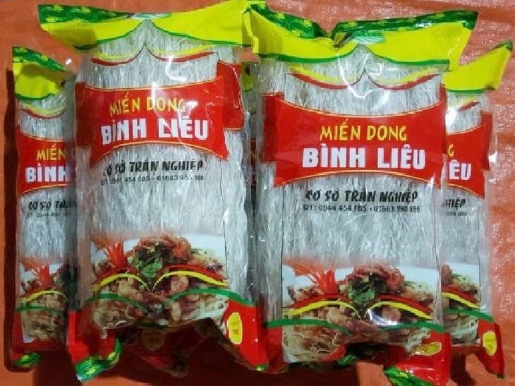 Quang Ninh tras 10 años de promover el uso de productos vietnamitas - ảnh 1