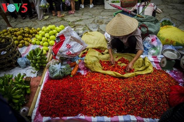 Chợ phiên Bắc Hà, những sắc màu văn hóa vùng cao - ảnh 10
