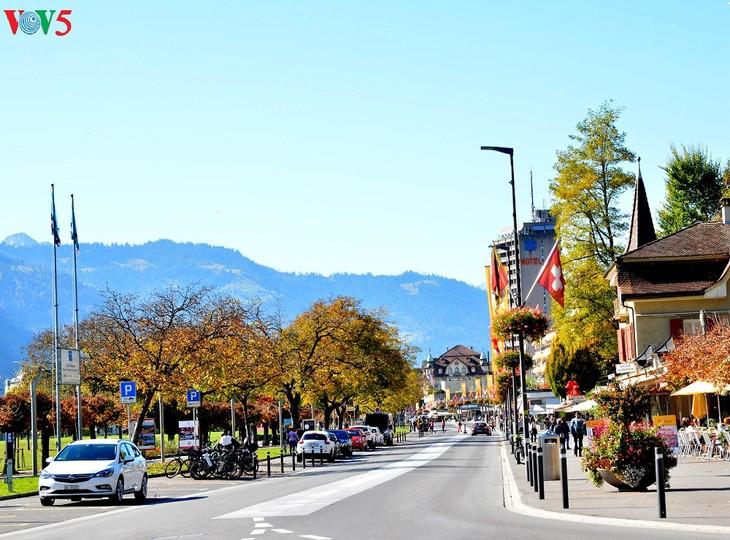 Thụy Sĩ - đất nước của trời xanh và nắng vàng - ảnh 8