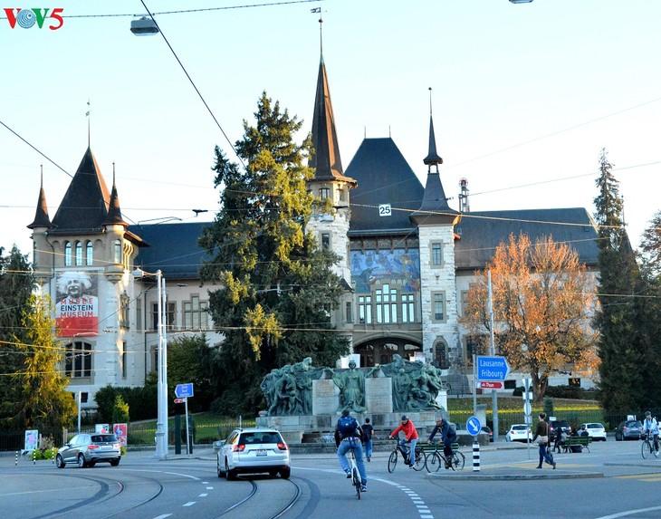 Thụy Sĩ - đất nước của trời xanh và nắng vàng - ảnh 14