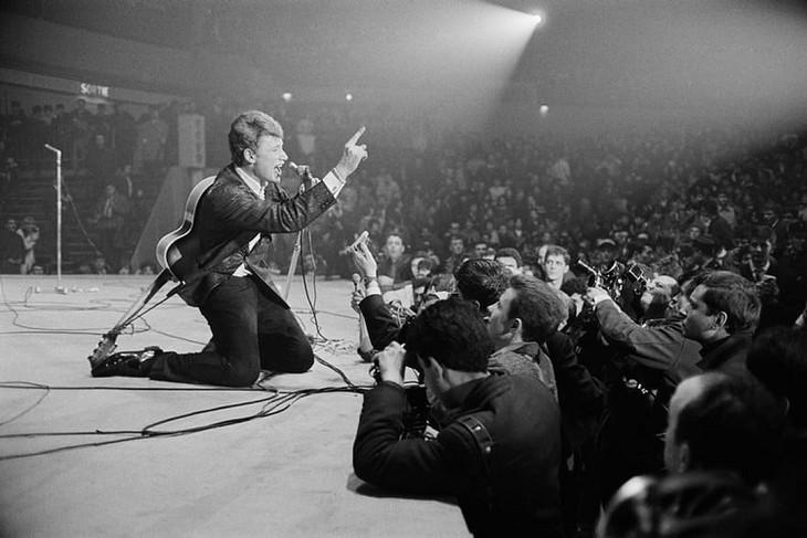 Johnny Hallyday huyền thoại nhạc rock người Pháp qua đời ở tuổi 74 - ảnh 3
