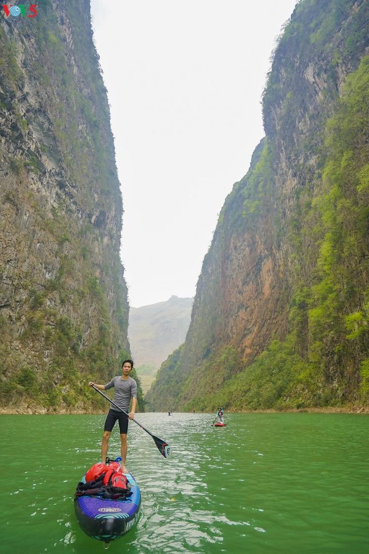 Khám phá vẻ đẹp hoang sơ của hẻm vực sâu nhất Đông Nam Á ở Hà Giang - ảnh 7
