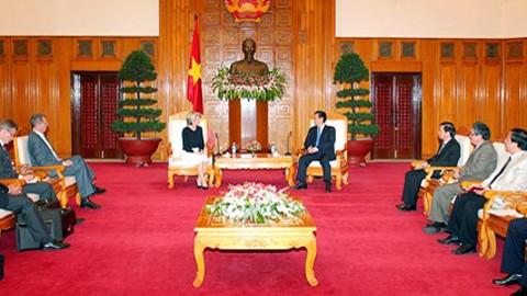 ท่านเหงียนเติ๊นหยุง นายกรัฐมนตรีเวียดนามให้การต้อนรับรัฐมนตรีว่าการกระทรวงการต่างประเทศออสเตรเลีย - ảnh 1
