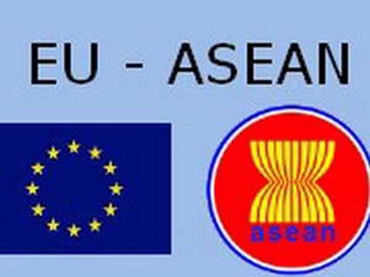 อาเซียน – อียูมุ่งสู่ความสัมพันธ์หุ้นส่วนยุทธศาสตร์ - ảnh 1