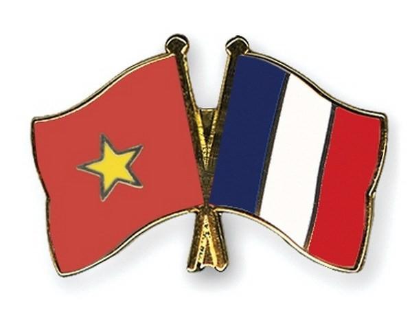 ผู้นำกระทรวงกลาโหมให้การต้อนรับรองอธิบดีกรมวิเทศสัมพันธ์ของสำนักงานติดอาวุธฝรั่งเศส - ảnh 1