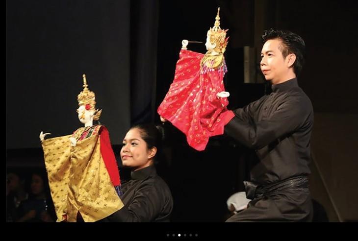 งานนิทรรศการวัฒนธรรมและศิลปะไทย - ảnh 1
