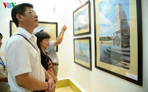 """นิทรรศการภาพถ่าย """"เจื่องซา - จุดหมายที่เรามุ่งถึง"""" - ảnh 4"""