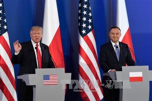 ประธานาธิบดีสหรัฐยืนยันความสัมพันธ์ที่ดีงามกับยุโรป - ảnh 1