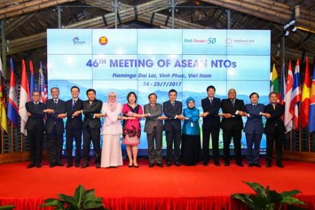 ความร่ามมือในอาเซียนมีบทบาทสำคัญต่อการท่องเที่ยวของเวียดนาม - ảnh 1