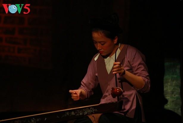 """รายการ """"จิตใจหมู่บ้านเวียดนาม"""" นำผู้ชมใกล้ชิดกับดนตรีพื้นเมืองมากขึ้น - ảnh 3"""