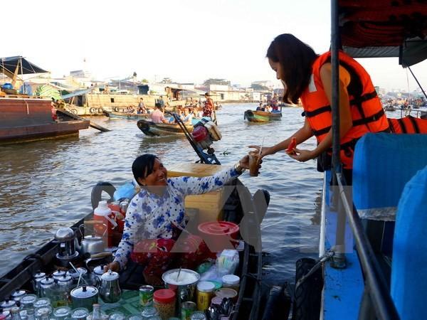 โคลอมเบียมีความประสงค์ขยายความร่วมมือพัฒนาการท่องเที่ยวเชิงนิเวศทางน้ำกับจังหวัดเกิ่นเทอ - ảnh 1