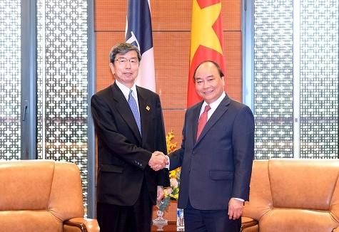 นายกรัฐมนตรีให้การต้อนรับประธานกลุ่มบริษัท Sunwah ของฮ่องกง ประเทศจีน - ảnh 2
