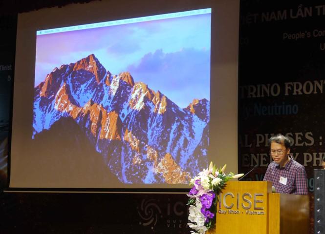 นักวิทยาศาสตร์ต่างชาติเกือบ 100 คนเข้าร่วมการประชุมฟิสิกส์ระหว่างประเทศ - ảnh 1