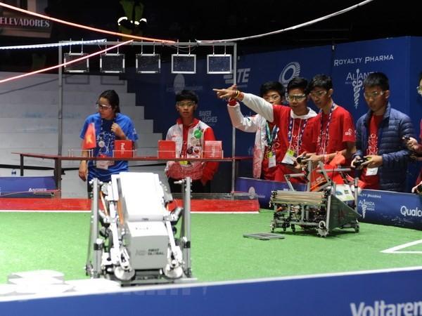 นักเรียนเวียดนามอยู่อันดับสูงในการแข่งขันหุ่นยนต์ระดับโลก ณ ประเทศเม็กซิโก - ảnh 1