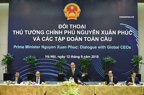 นายกรัฐมนตรี เหงียนซวนฟุ๊ก ชื่นชมกลุ่มบริษัทชั้นนำของโลกให้คำมั่นประกอบธุรกิจอย่างยั่งยืนในเวียดนาม - ảnh 1