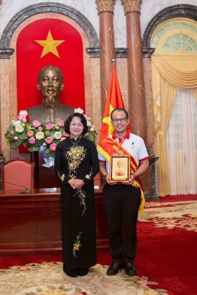 พบกับคนไทยที่บริจาคโลหิตมากที่สุดในเวียดนาม - ảnh 1