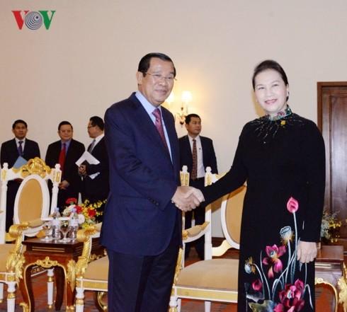 ผลักดันความสัมพันธ์มิตรภาพที่มีมาช้านานระหว่างเวียดนามกับกัมพูชา - ảnh 1