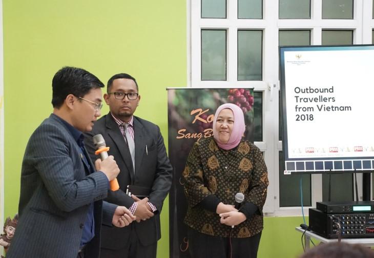 อินโดนีเซียขยายความร่วมมือด้านการท่องเที่ยวกับเวียดนาม - ảnh 1