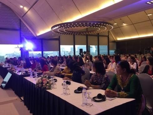 นักธุรกิจหญิงและความคาดหวังเกี่ยวกับประเทศเวียดนามที่เจริญรุ่งเรือง - ảnh 1