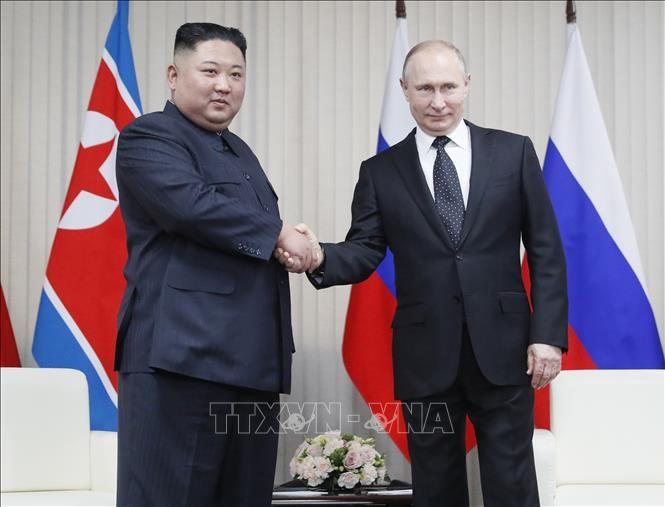 ผู้นำสาธารณรัฐประชาธิปไตยประชาชนเกาหลีแสดงความเชื่อมั่นต่อความสัมพันธ์ที่ดีงามกับรัสเซีย - ảnh 1