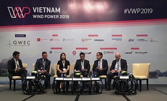 เวียดนามมีศักยภาพสูงเพื่อพัฒนาไฟฟ้าพลังงานลมนอกชายฝั่ง - ảnh 1