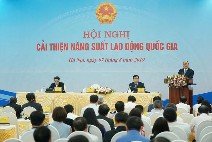 นายกรัฐมนตรีเข้าร่วมการประชุมเพิ่มผลผลิตแรงงานแห่งชาติ - ảnh 1