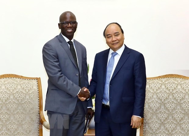 World Bank leader presents to Prime Minister report of Vietnam economy - ảnh 1