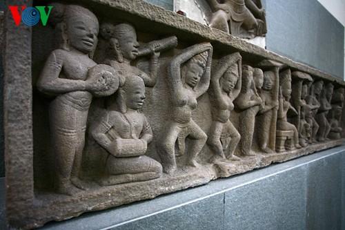 Khám phá Bảo tàng điêu khắc Chăm độc đáo giữa Đà Nẵng - ảnh 12