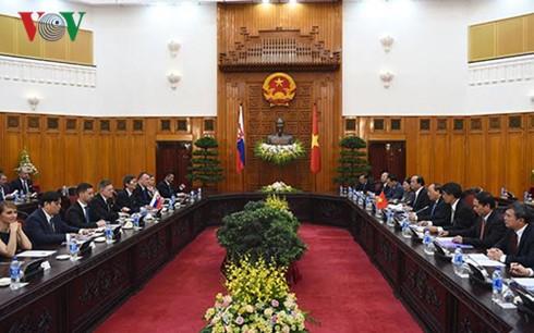 Việt Nam và Slovakia thống nhất thúc đẩy mạnh mẽ hợp tác kinh tế - ảnh 2