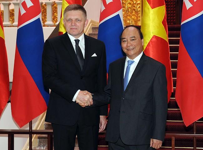 Việt Nam và Slovakia thống nhất thúc đẩy mạnh mẽ hợp tác kinh tế - ảnh 1