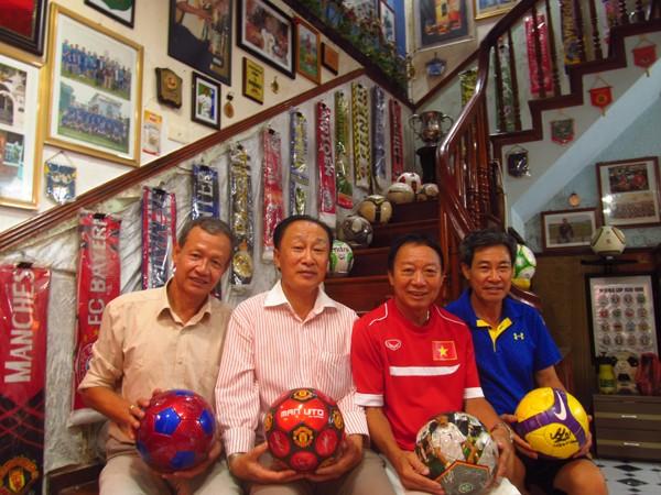 """Độc đáo """"bảo tàng"""" bóng đá của cựu danh thủ Hà Bôn - ảnh 2"""