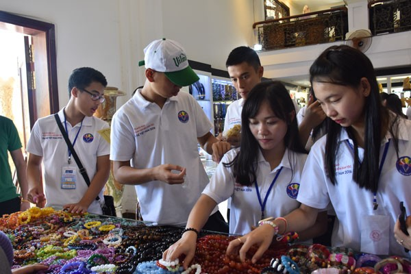 Trại hè Việt Nam 2016: Một ngày thú vị tại Đà Nẵng - ảnh 10