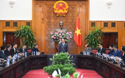 Thủ tướng Nguyễn Xuân Phúc kêu gọi doanh nghiệp Hongkong (Trung Quốc) đầu tư vào hạ tầng - ảnh 1