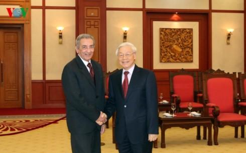 Tổng Bí thư Nguyễn Phú Trọng tiếp Đoàn đại biểu Đảng Cộng sản Cuba - ảnh 1