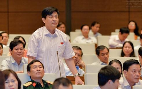 Quốc hội thảo luận về thực hiện kế hoạch phát triển kinh tế- xã hội - ảnh 1