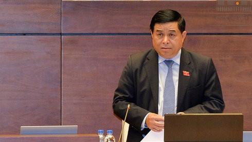 Quốc hội tiếp tục chất vấn Bộ trưởng Bộ Kế hoạch và Đầu tư Nguyễn Chí Dũng - ảnh 1