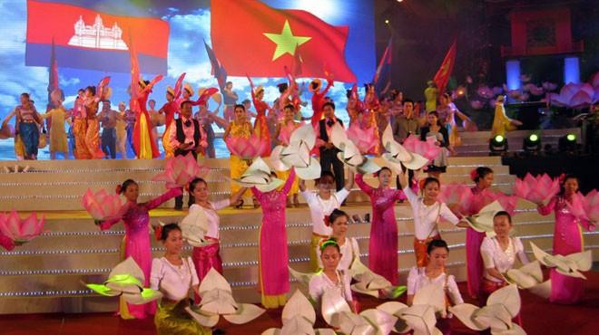 Trao đổi Thư chúc mừng của Lãnh đạo cấp cao hai nước Việt Nam – Campuchia  - ảnh 1