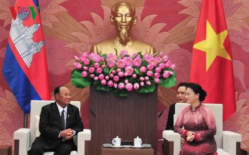 Quan hệ Việt Nam – Campuchia: 50 năm gắn bó khăng khít - ảnh 1