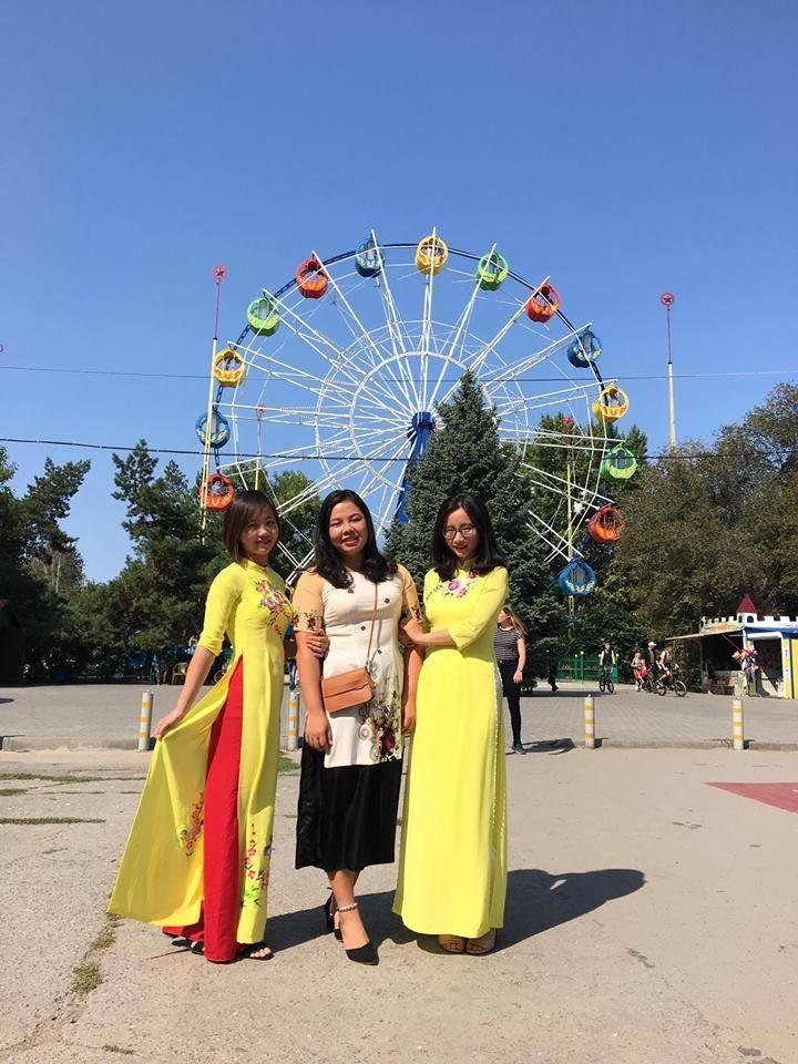 Sinh viên Việt Nam giới thiệu văn hóa dân tộc nhân kỷ niệm  428 năm Thành phố Volgograd - ảnh 6