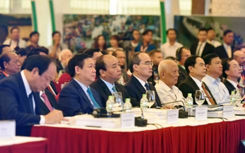 Quyết tâm mạnh mẽ phát triển bền vững Đồng bằng sông Cửu Long trước các thách thức biến đổi khí hậu - ảnh 1