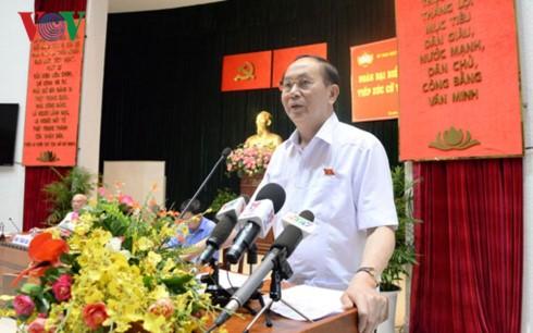 Chủ tịch nước Trần Đại Quang tiếp xúc cử tri thành phố Hồ Chí Minh - ảnh 1