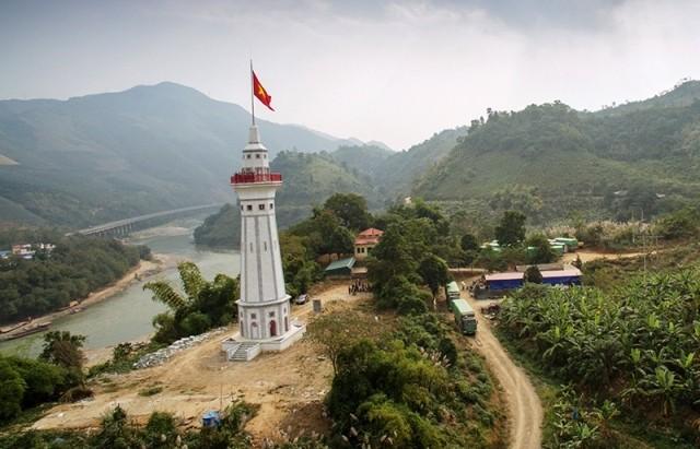 Lào Cai: Khánh thành Cột cờ Lũng Pô - ảnh 1