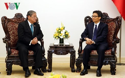 Phó Thủ tướng Vũ Đức Đam tiếp Bộ trưởng Thông tin Campuchia Khieu Kanharith - ảnh 1