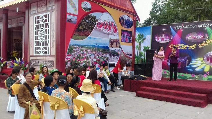 Tổ chức Giỗ Tổ Hùng Vương - Lễ hội Đền Hùng 2018 trang trọng, vui tươi - ảnh 1