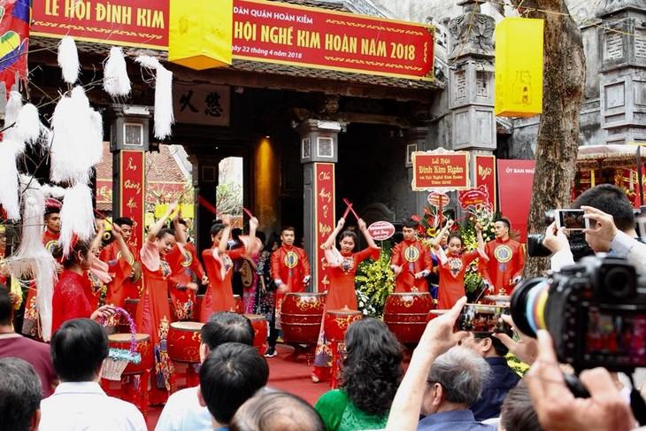 Lễ hội tri ân ông tổ Bách Nghệ tại phố cổ Hà Nội - ảnh 1