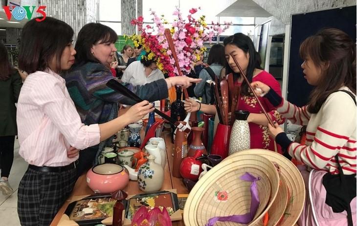 Những ngày văn hóa Việt Nam tại trường Đại học Tổng hợp Hữu nghị các dân tộc Nga - ảnh 1