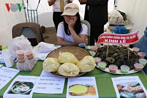 Người Việt tại Séc long trọng tổ chức lễ giỗ Tổ Hùng Vương - ảnh 1