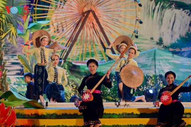 Khai mạc Liên hoan nghệ thuật hát Then, đàn Tính toàn quốc - ảnh 1